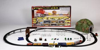 Freightline USA Train Set -- Santa Fe - HO-Scale